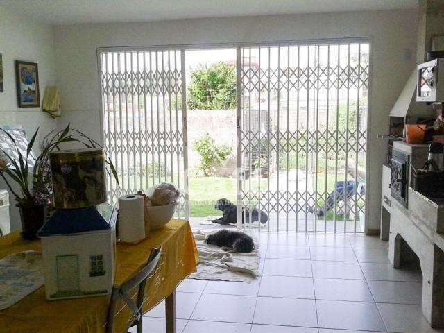 Casa de 3 dormitórios, sendo 2 suítes, amplo pátio, São José - santa maria/rs - Foto 11