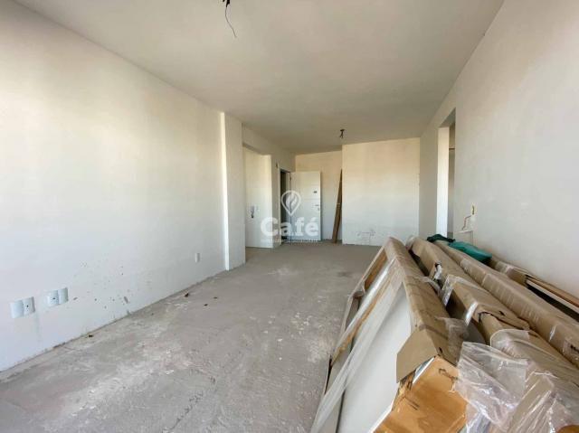 Apartamento de 3 dormitórios sendo 1 suíte no bairro Fátima - Foto 8