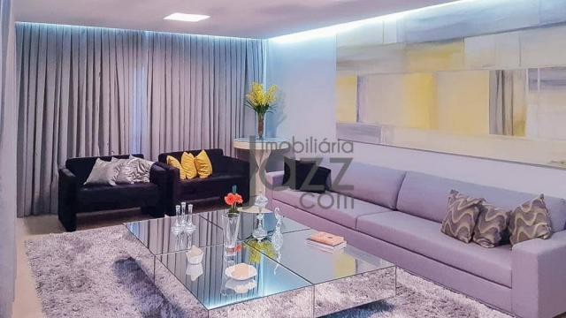 Maravilhoso apartamento com 4 dormitórios à venda, 240 m² por R$ 2.600.000