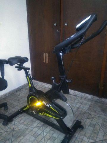 Bicicleta Spinning Acte E16 usada - Foto 3