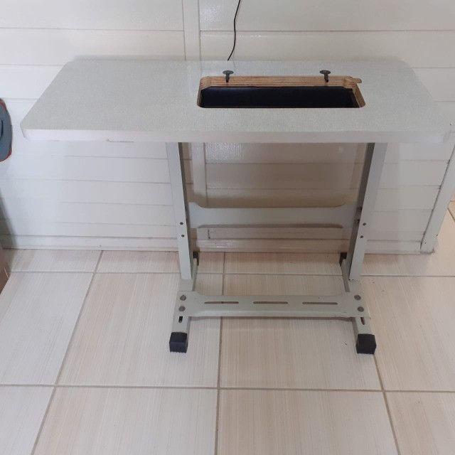 Mesa de maquina de costura