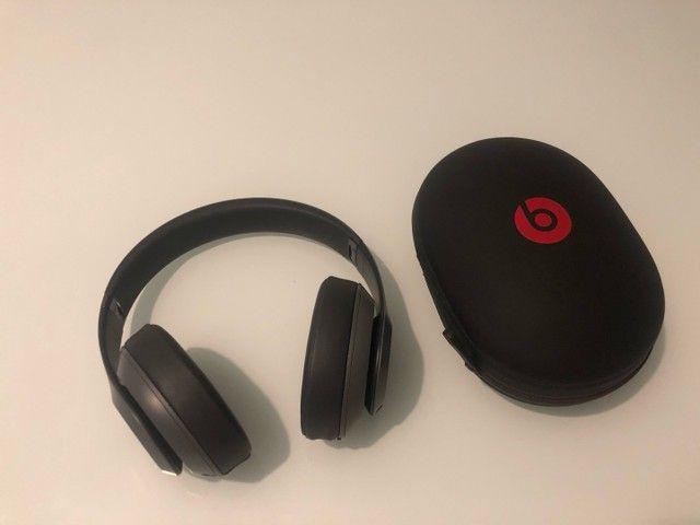 Fone ouvido by Dr. Dre Beats Studio³ Wireless com Cancelamento de Ruído Cinza-