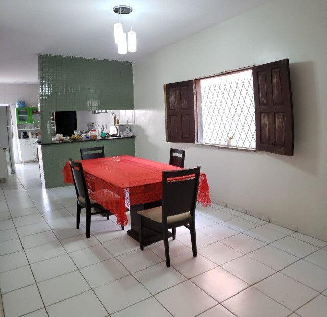 Excelente casa em zona comercial - Ideal para morar ou empreender.   - Foto 6