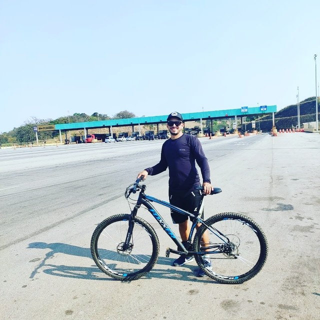 Vendo bike Foxxer aro 29 quadro 17