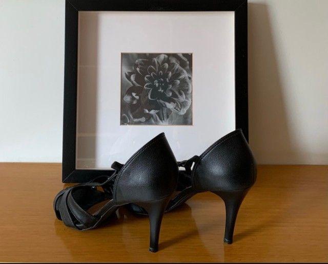 Sapato de couro Dafiti(preto)n°37!!! - Foto 2