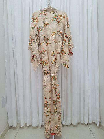 Kimono vintage japones de seda importado do Japão  - Foto 2