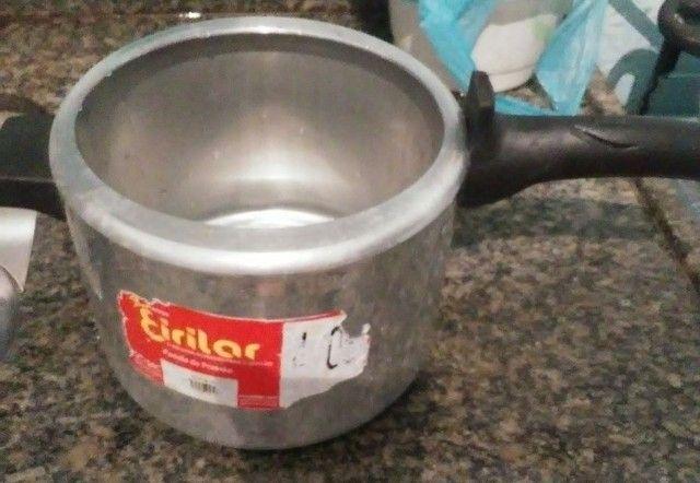 A panela de pressão Polida 4,05 litros eirilar - Foto 4