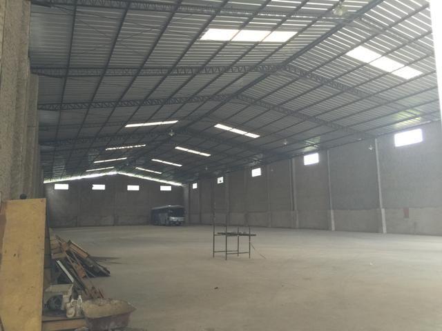 Excelente galpão com 2240 m2 mais 4000m2 de pátio para venda