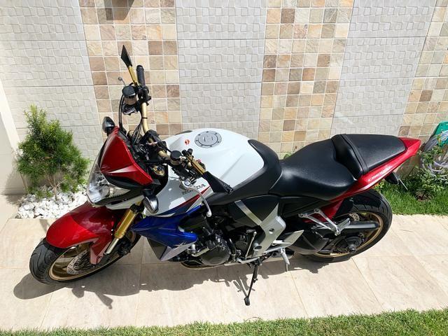 Moto HONDA CB 1000R - 2014 - Tricolor(Capitão América ) - Foto 2