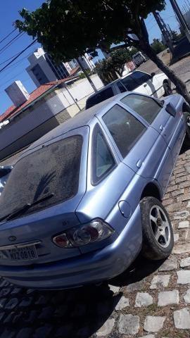 Ford Escort europeu 98