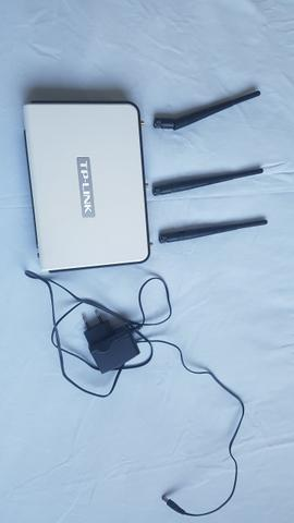Vendo Roteador TP-LINK com 3 antenas e 300 Mpbs praticamente sem uso - Foto 2