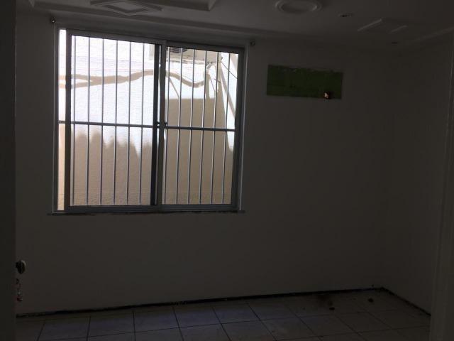 Casa plana,próximo avenida Godofredo Maciel,ótima Localização - Foto 12
