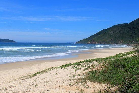 Aluguel Temporada - Casa Aconchegante a 40 metros da Praia - Foto 14