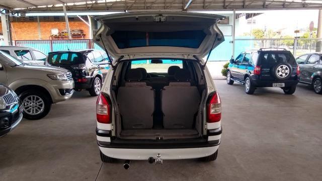 Chevrolet Zafira ZAFIRA 2.0 MPFI ELEGANCE 8V FLEX 4P MANUAL 4P - Foto 10