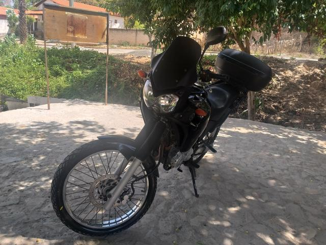 Vendo ou aceito troca como moto menor com volta pra mim - Foto 3