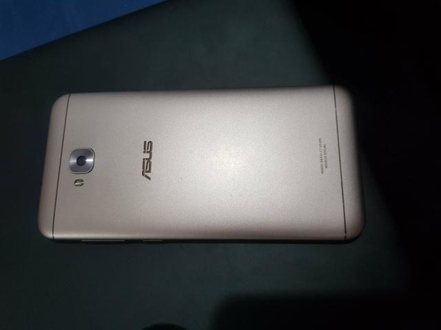 Asus Zenfone 4 Selfie 64GB 4GB RAM C/ Biométrica