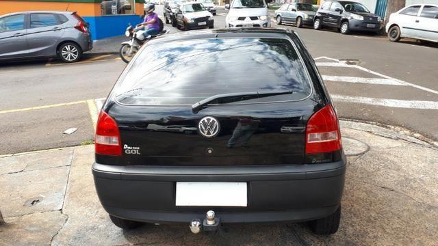 Vw - Volkswagen Gol 1.0 04 Portas - Foto 5