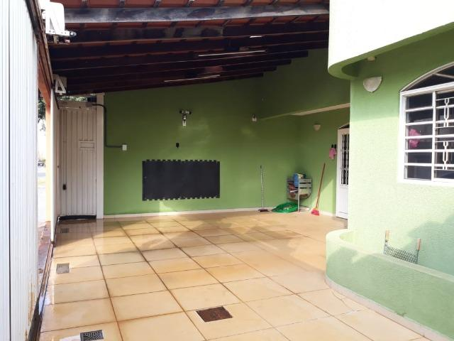 Excelente casa 2 quartos, garagem 3 carros, base para sobrado Riacho Fundo II - Foto 18