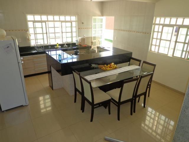 Dier Ribeiro vende: Ótima casa com dois pavimentos no setor de mansões - Foto 3