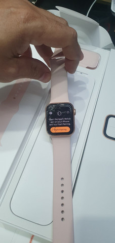 Apple Watch 4 de 40mm. Trincado
