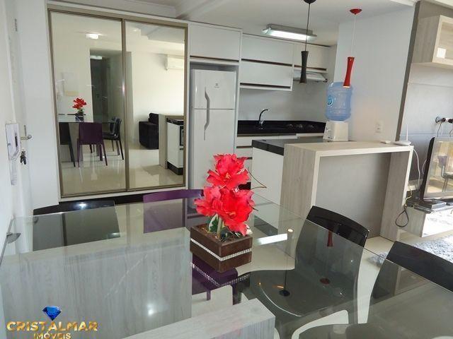 Apartamento novo e bem mobiliado - Foto 8