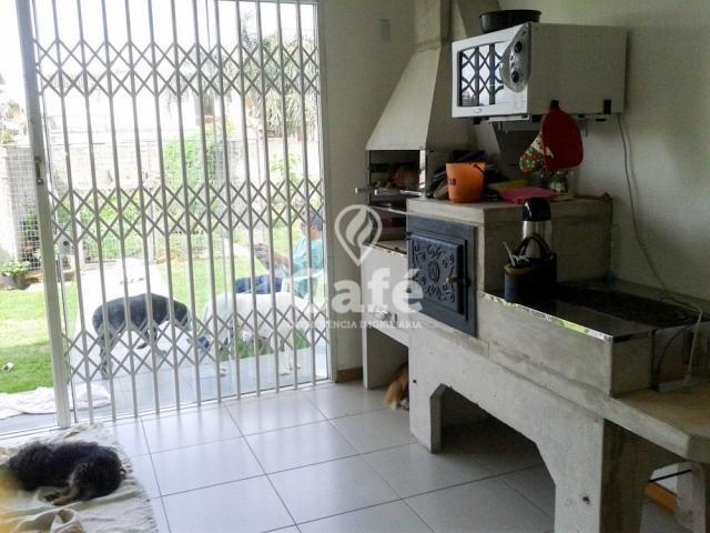 Casa de 3 dormitórios, sendo 2 suítes, amplo pátio, São José - santa maria/rs - Foto 10