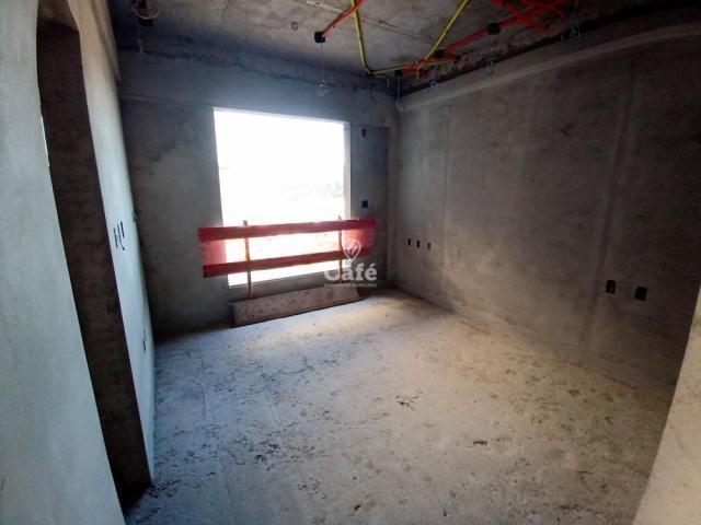 Residencial Fiorello amplo apartamento com 3 suíte, 3 garagens, alto padrão em Santa Maria - Foto 14