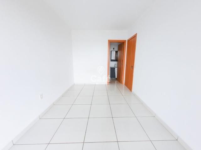 Apartamento 2 dormitórios com garagem e elevador. - Foto 11