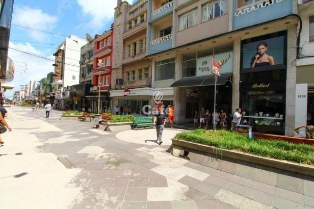 Sala Comercial Reformada - Oportunidade de investimento no Centro de Santa Maria-RS.
