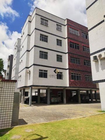 Apartamento no Benfica com 3 quartos sendo 2 suítes proximo ao Estádio presidente Vargas.s