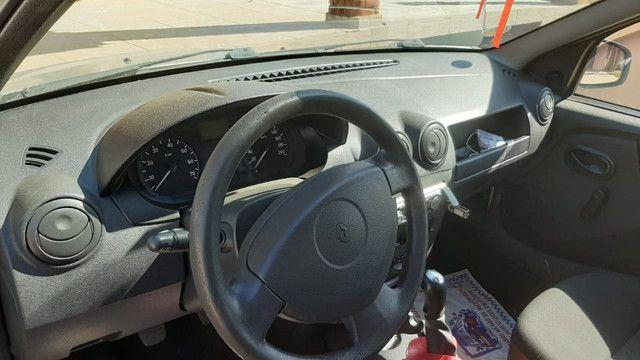Carro logan 2010 , com chave reserva e manual - Foto 9