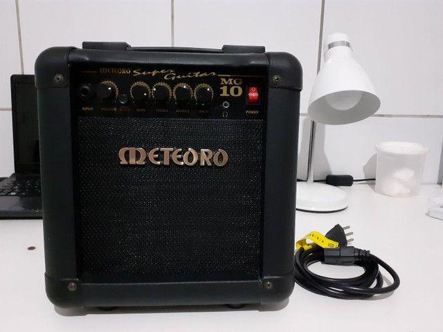 Amplificador Meteoro Super Guitar MG 10 Combo Transistor 10W preto 110V/220V  - Foto 5