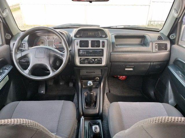 Mitsubishi Pajero TR4 2008 Câmbio manual e 4x4  - Foto 9