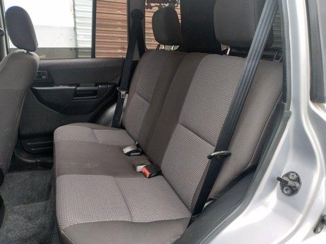Mitsubishi Pajero TR4 2009 Câmbio manual e 4x4  - Foto 12