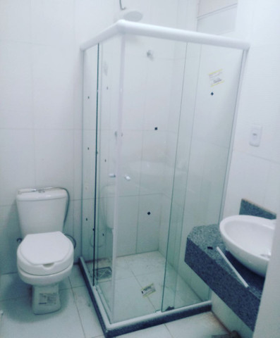 Box pra banheiro, fechamento de pia portas e janelas. Manutenção em geral - Foto 5