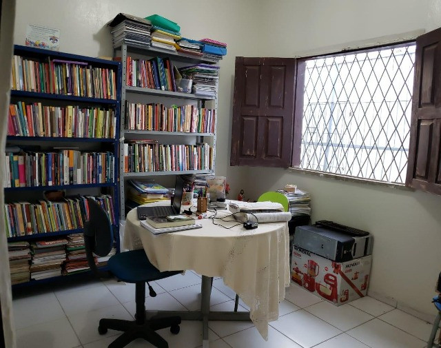 Excelente casa em zona comercial - Ideal para morar ou empreender.   - Foto 5