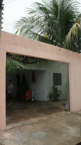 Vende-se casa na Santa Maria - negociável - Foto 2