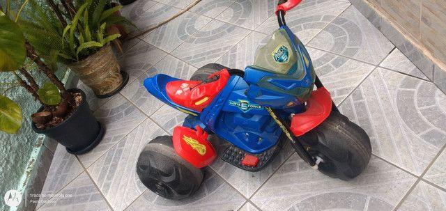Moto elétrica Hot Wheels - Foto 2