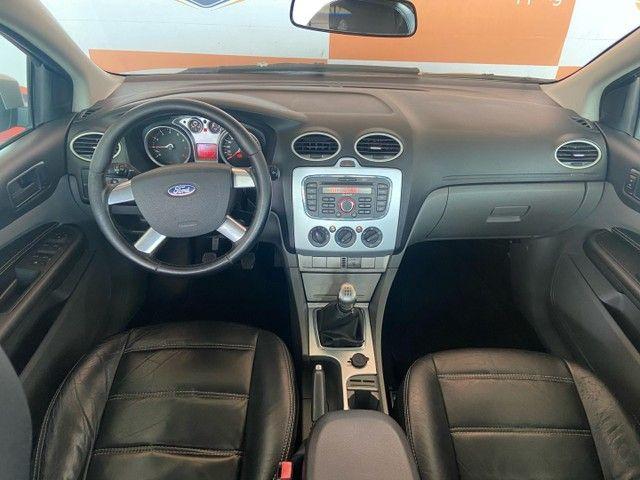 Ford Focus Sedã 1.6 GLX - Foto 9