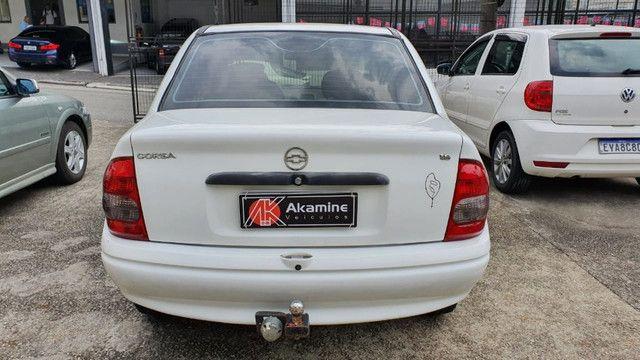 GM - Corsa Sedan 1.6 - 2003 - Direção Hidráulica - Foto 8