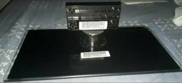 Novos!Um Conj Pedestal com Base de Vidro e Suporte - Semp Toshiba Dl3975i - 32 polegadas