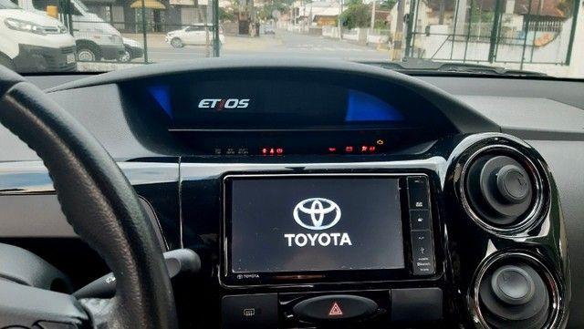 Toyota Etios Hatch 2017 Top de Linha Edição Especial, Novo!! - Foto 8
