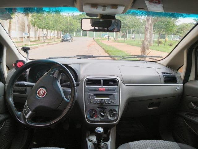 Fiat Punto Essence 1.6 (Flex) 2012 - Completo - Foto 6