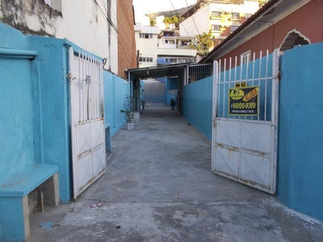Casa de 2 quartos no Centro de Nova Iguaçu, próximo a praça do skate - Foto 17