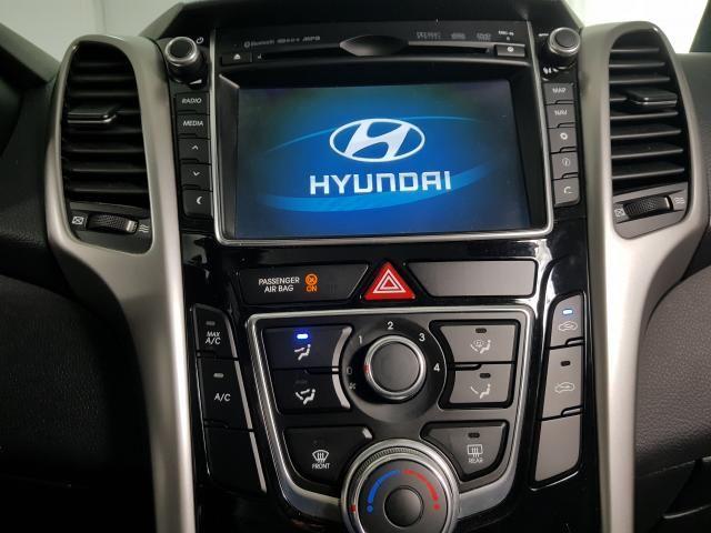 Hyundai i30 Serie Limitada 1.8 16V Aut. 5p - Branco - 2015 - Foto 10