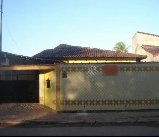 Casa 3 qtos (1suíte), sala, coz., ban. social, varanda, área serv., piscina -Financia