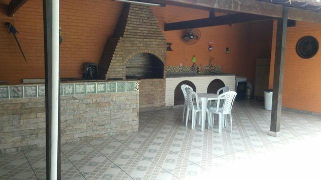 Excelente casa com 2 piscinas em Maricá - Foto 6