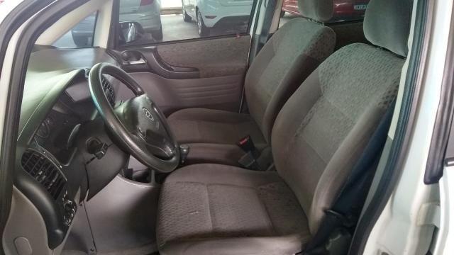 Chevrolet Zafira ZAFIRA 2.0 MPFI ELEGANCE 8V FLEX 4P MANUAL 4P - Foto 6