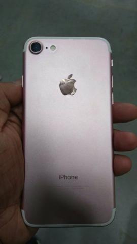 Vendo iphone 7 32gb novinho carregador aceito trocas - Foto 2