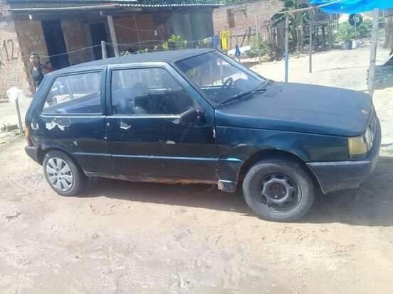 Vende se um carro Fiat uno - Foto 2